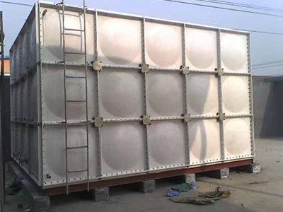 南通玻璃钢水箱尺寸 通州区兴东兴林玻璃钢制品供应