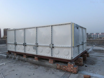 南通玻璃钢水箱厂商 通州区兴东兴林玻璃钢制品供应