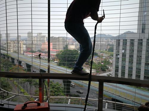 窗户隐形防护网 厦门中港豪华装饰工程供应