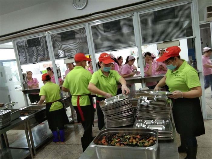 孝感園區食堂承包哪家好 客戶至上「武漢盛益餐飲管理供應」