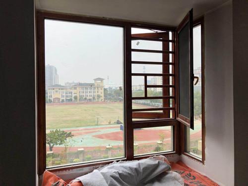 厦门玻璃隔断墙定制 厦门中港豪华装饰工程供应