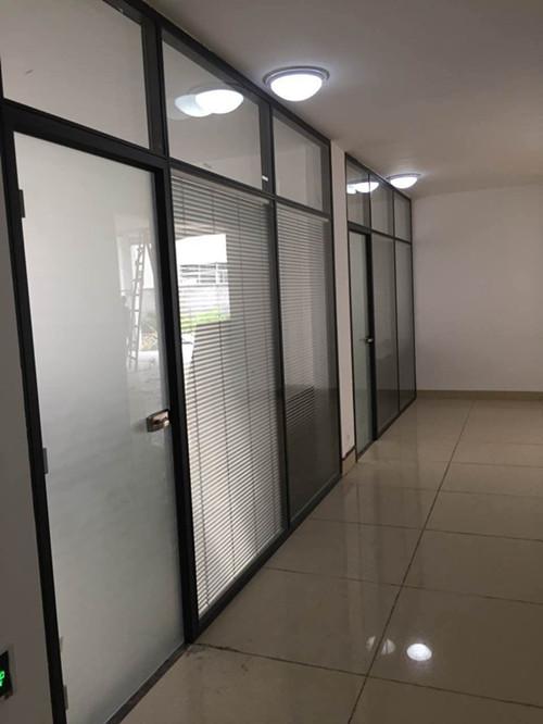 无框玻璃窗价格