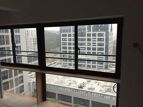 厦门隐形玻璃窗价格 厦门中港豪华装饰工程供应