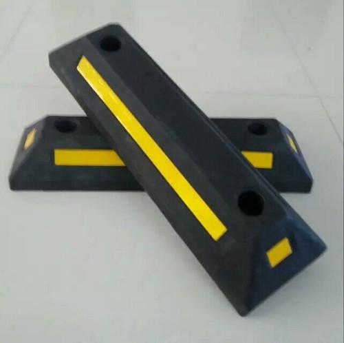 厦门橡塑定位器价格 厦门宏乾交通设施工程供应