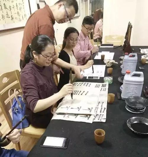 书法培训机构 厦门市凤婷萱文化传播yabo402.com