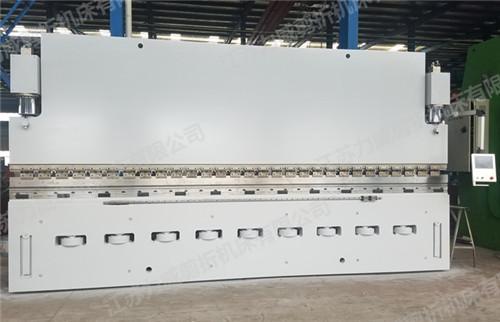 苏州伺服电机折弯机 江苏力威剪折机床供应
