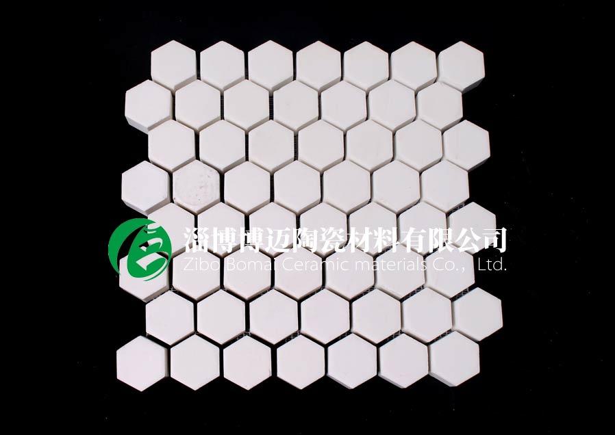 四川水泥厂溜槽用耐磨陶瓷衬板价格 值得信赖 淄博博迈陶瓷材料供应