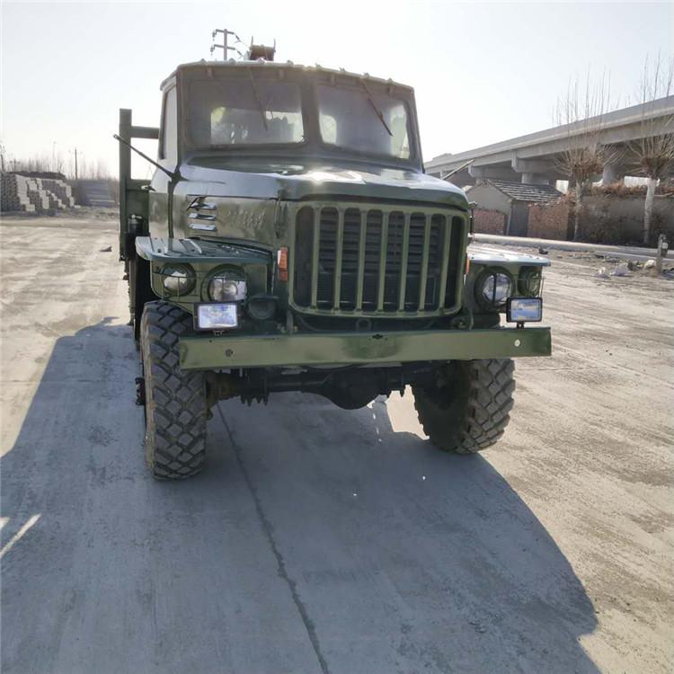 湖南定做小型随车吊8吨六驱随车吊参数 创新服务 济宁市恒泰源工程机械供应