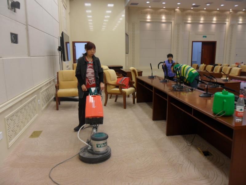 西宁市城南专业地毯清洗哪家用心,地毯清洗