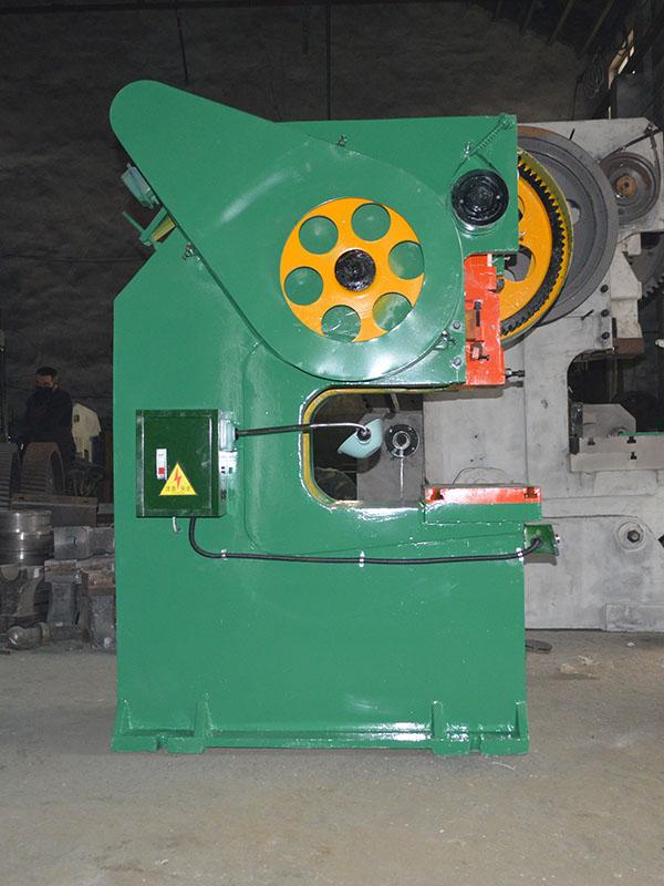 湖南40噸深喉口沖床價格 南京晶石機械設備供應