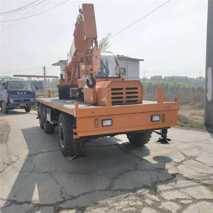 山东小型平板六驱随车吊 客户至上 济宁市恒泰源工程机械供应