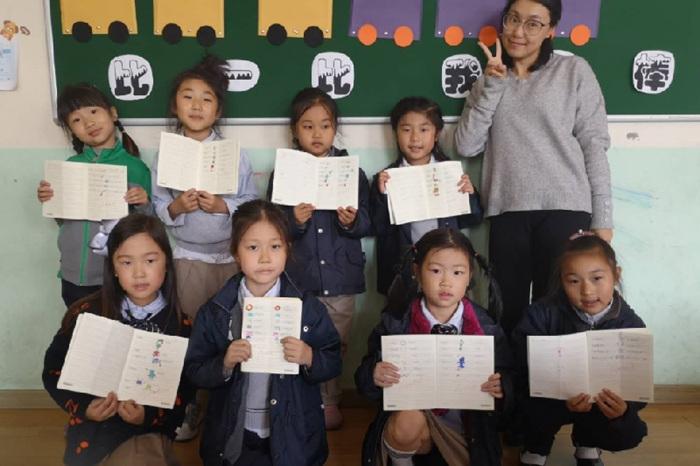 胶州高中双语学校收费标准,学校