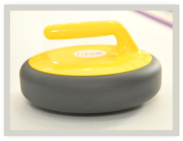 模拟地板冰壶