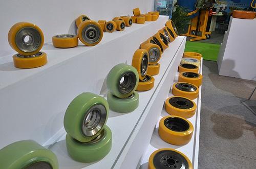 丹阳三菱叉车配件轮胎,叉车配件