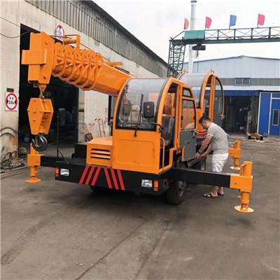 江西小六轮6吨变形金刚自制吊优质低价 济宁久征工程机械供应