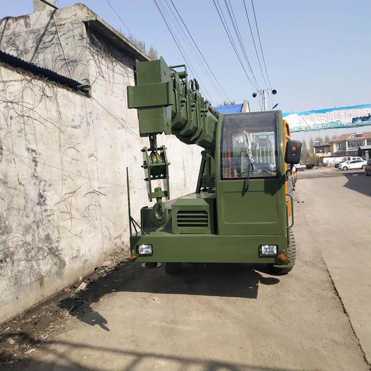 江苏定做8吨四不像变形金刚吊车方便好用 济宁久征工程机械供应