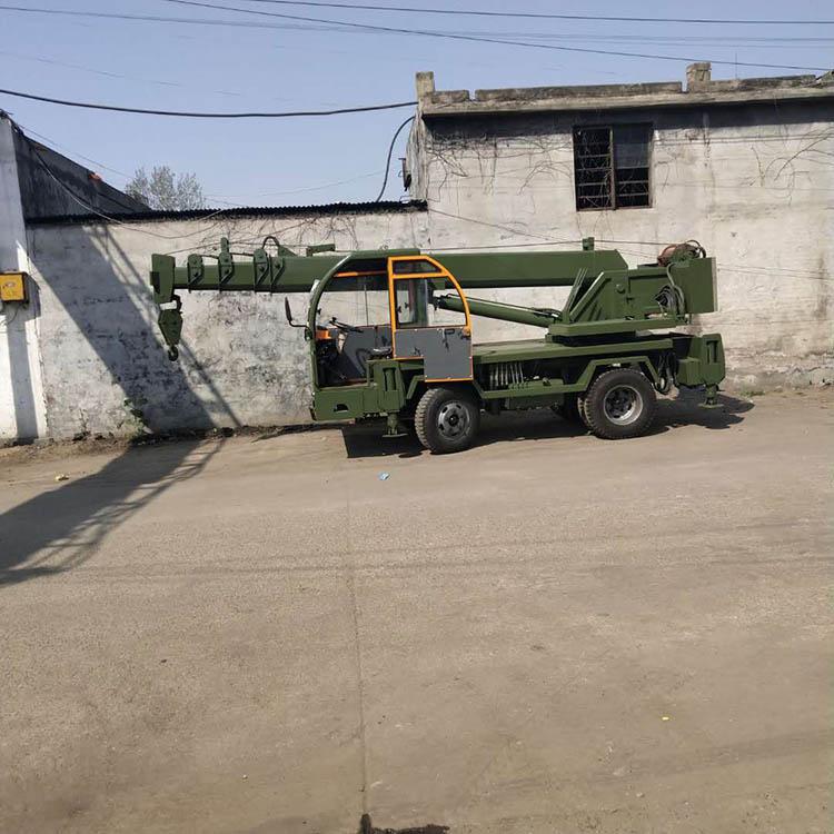 江苏10吨四不像变形金刚吊车方便好用 济宁久征工程机械供应