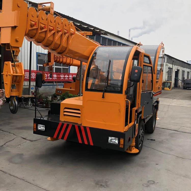 山东12吨变形金刚吊机生产厂家 济宁久征工程机械供应