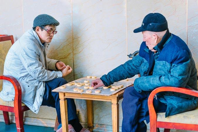 德阳尿失禁老年人,老年人