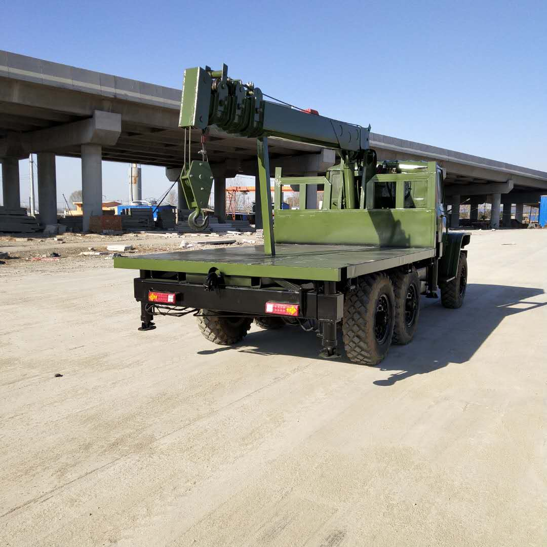 安徽專業生產六驅隨車吊歡迎來電 濟寧力征工程機械供應