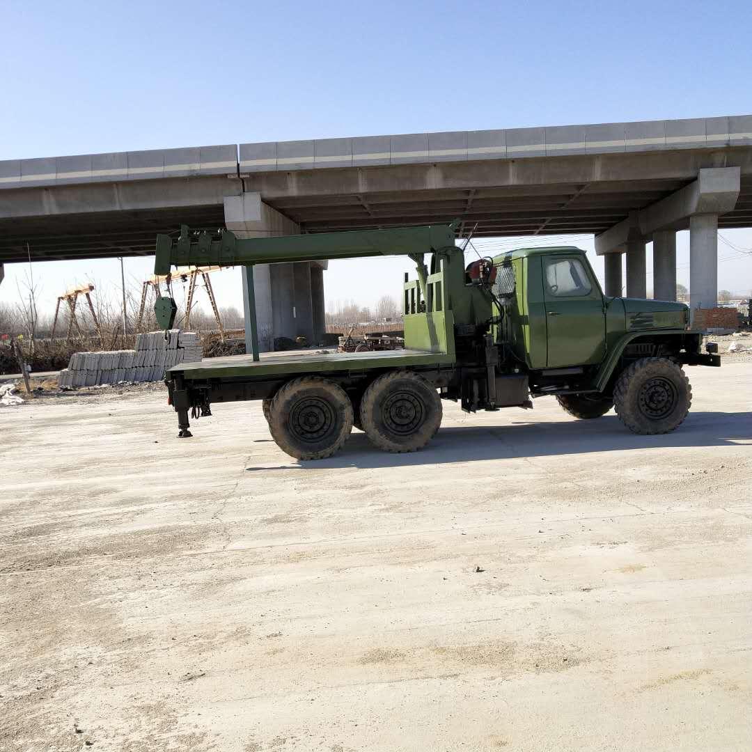 河南优质耐用六驱随车吊按需定制 济宁力征工程机械供应