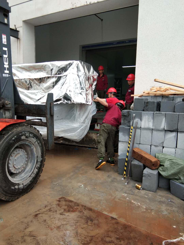 泰州设备搬运品牌企业,设备搬运