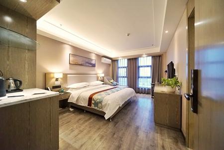 伊宁县商务酒店房间大,酒店