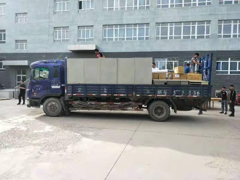 新疆优质短途搬家要多少钱 客户至上 阿克苏市亚龙搬家供应