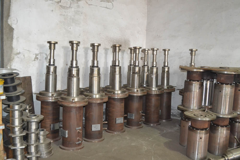 湖南優良反應釜攪拌器歡迎來電 創造輝煌 威海鑫康化工機械供應