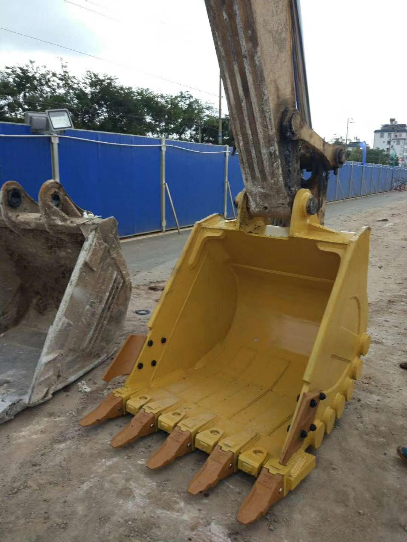 大理挖斗批发 欢迎来电 昆明悍之骏工程机械供应