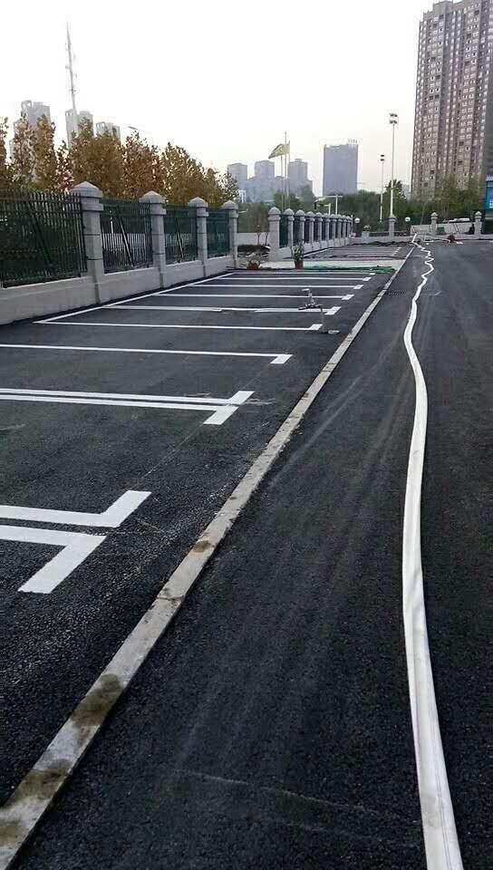 专业道路划线要多少钱 服务至上「上海扬鸣交通设施工程供应」