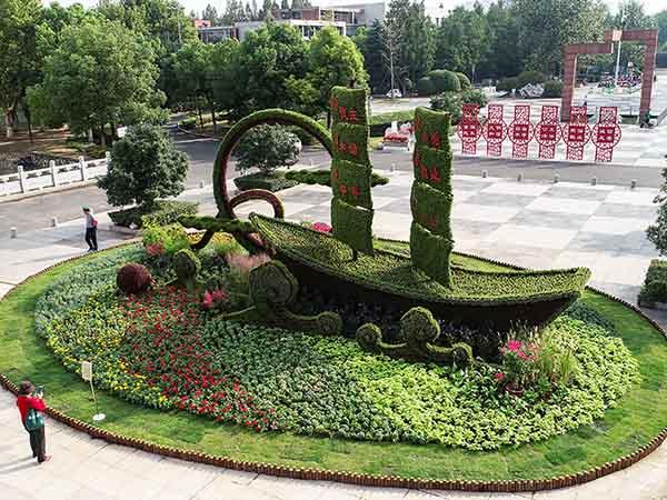 潍坊五色草造型雕塑,五色草造型
