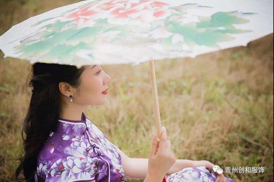 贵州优良旗袍价格合理 创造辉煌「贵州创和服饰供应」