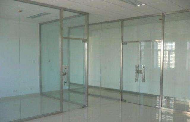 青海玻璃门安装 欢迎咨询 西宁市城中区郑玉卷闸门供应