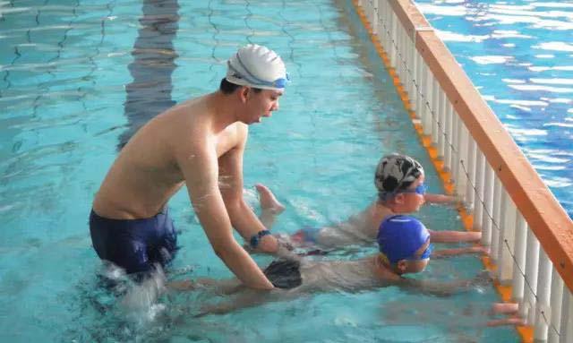 黄陂区专业游泳 创新服务「湖北空中健身供应」