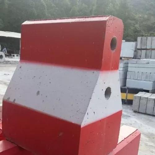 宁海销售水泥隔离墩厂家供应,水泥隔离墩