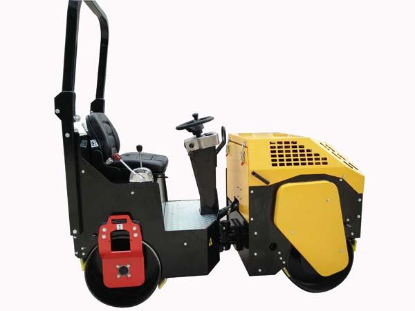 山東內燃式小型壓路機出售價格 抱誠守真 鄒城市凱俊商貿供應