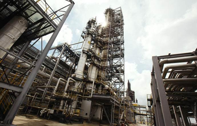 济南化工厂厂房拆除专业团队,厂房拆除