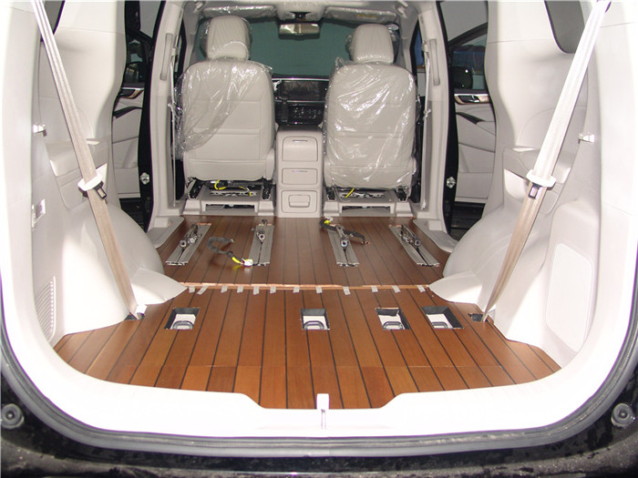 高新实木汽车地板要多少钱「苏州正邦房车内饰供应」
