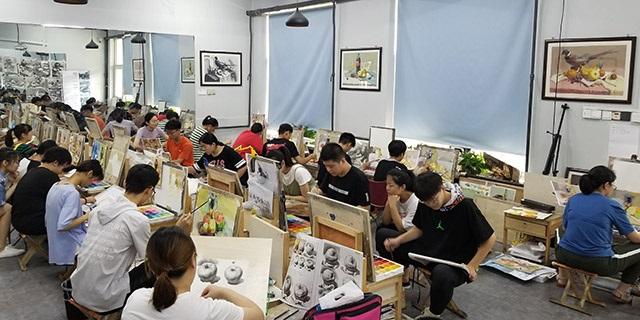 新元學校附近考級素描學習 淄博新動力畫室服務