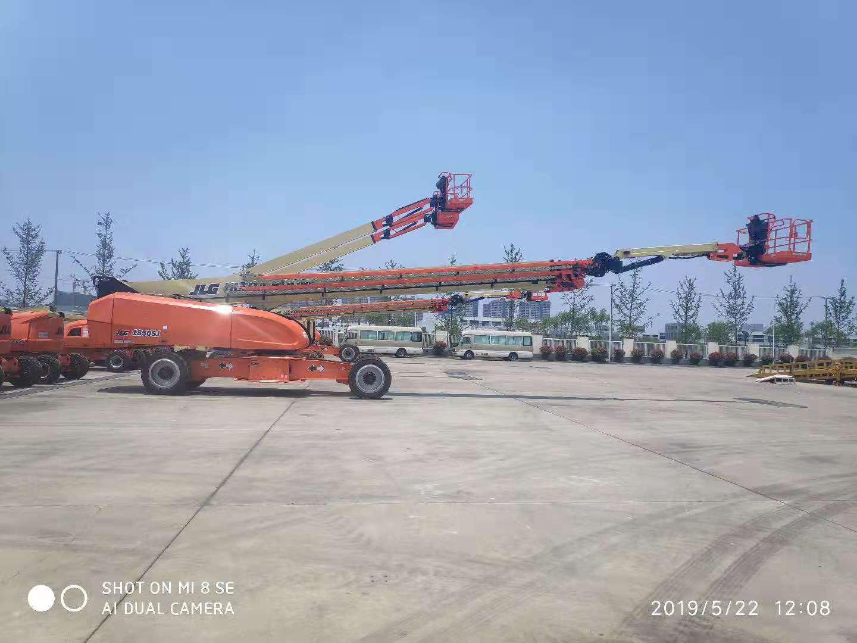 重庆正规直臂式高空车多少钱,直臂式高空车