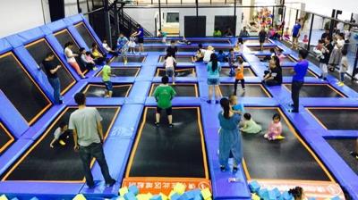 专业室内蹦床公园 服务为先 上海徐甸玩具供应
