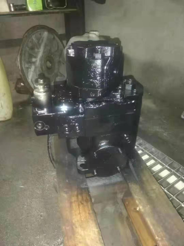 新疆各种品牌挖掘机配件厂家供应,挖掘机配件