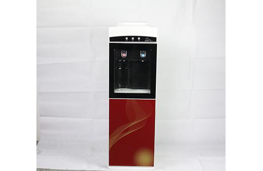 界首通用饮水机要多少钱 阜阳市海洋纯净水供应
