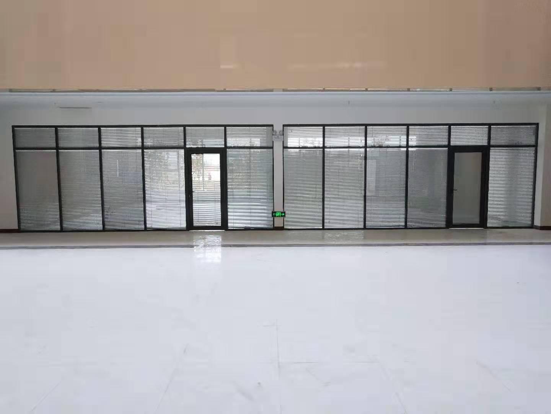 吉林省公司办公玻璃隔断门 欢迎来电 二道区盛弘嘉装饰材料供应