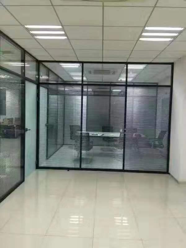 吉林钢化玻璃隔断墙厂家 二道区盛弘嘉装饰材料供应