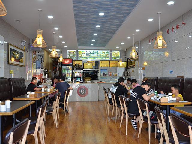 泰安洪福牛肉湯加盟賺錢嗎 淄博洪福餐飲供應