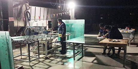 阜阳正规玻璃隔断上门服务「阜阳荣鑫玻璃供应」