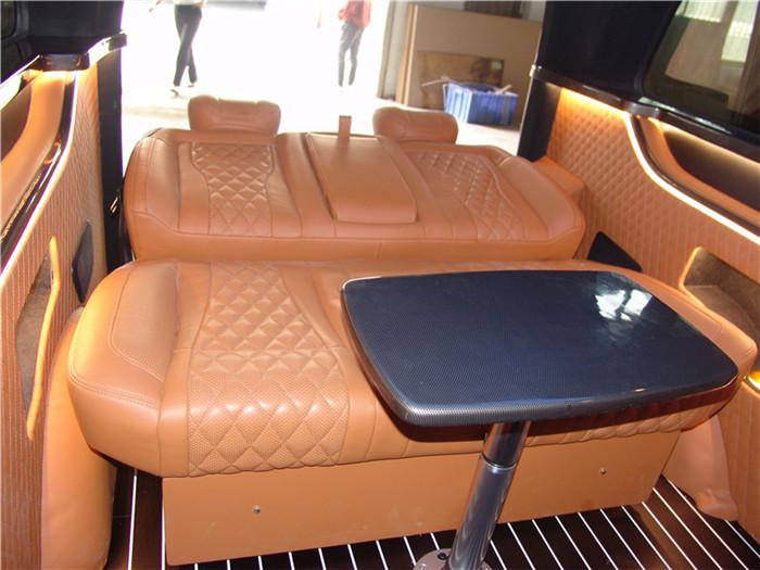 工业园区奔驰V250改装定制 苏州正邦房车内饰供应