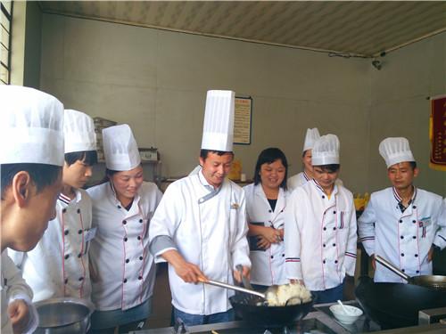 昆明廚師培訓基地 云南先科職業培訓學校供應